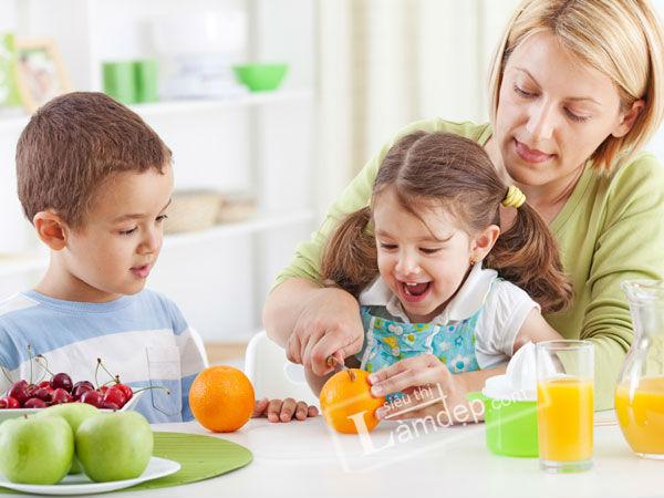 Thực đơn ăn hàng ngày cho trẻ 2-3 tuổi