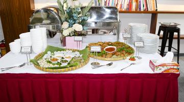 Tiệc buffet tại công ty ABSOLUTE SOFTWARE