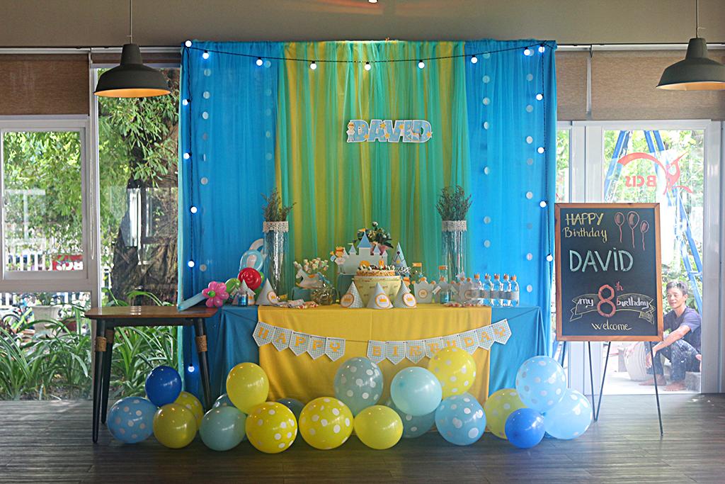 tiệc sinh nhật bé David
