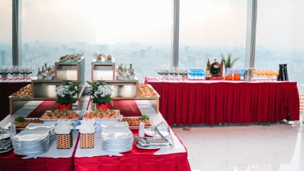 Tiệc Finger Food tại Compass Offices Việt Nam